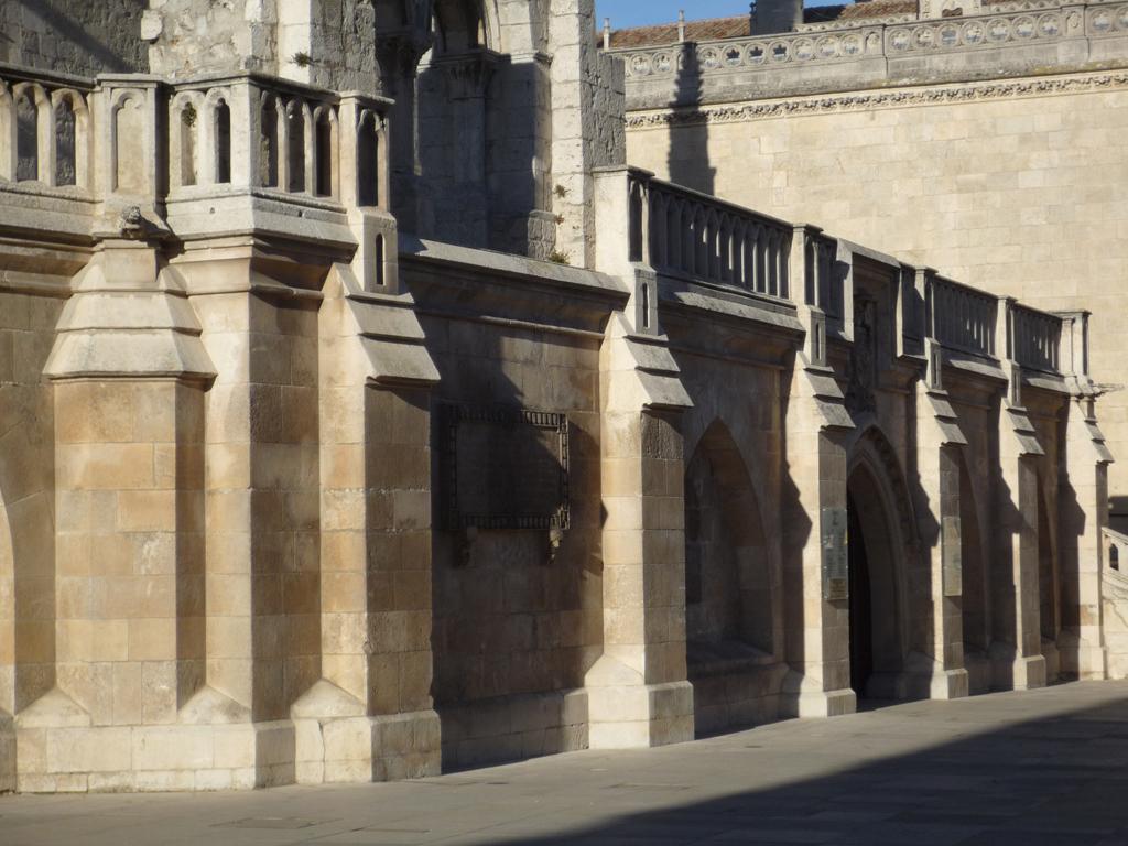 El arte rom nico thinglink for Arte arquitectura definicion